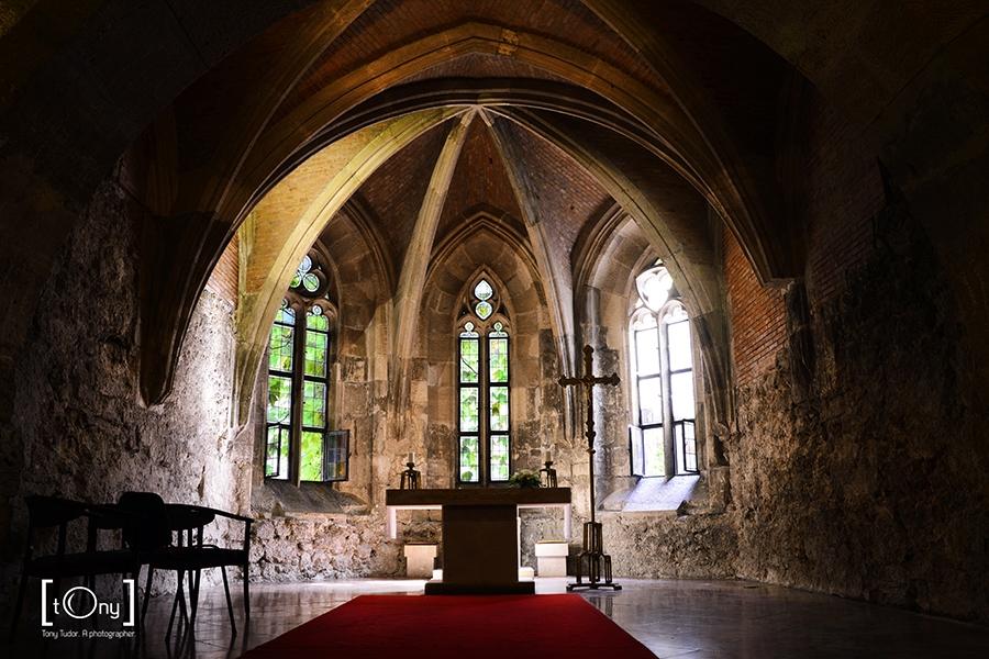 budapest church interior